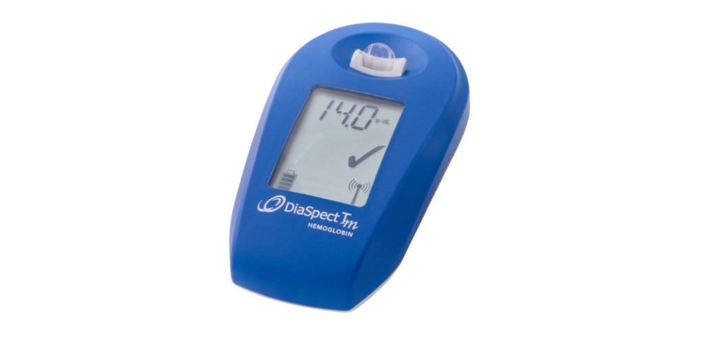 DiaSpect Tm hand-held Hemoglobin Analyzer product photo